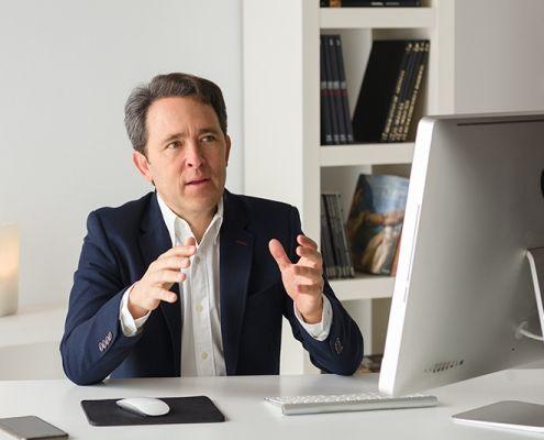 Juan Antonio Vallés veterinario entrevista ALBÉITAR